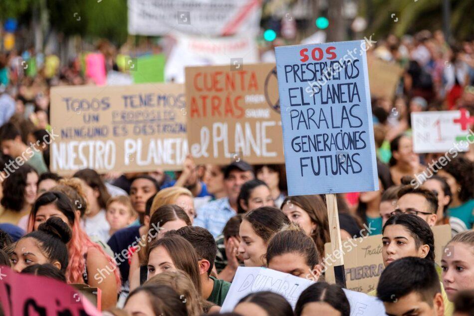 migrant demonstrators